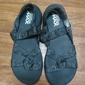 Skechers Goga Max sandals size 9.